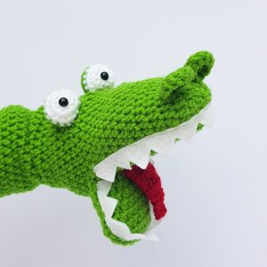 Crochet Crocodile Handpuppet - www.thecrochetcraftco.co.uk