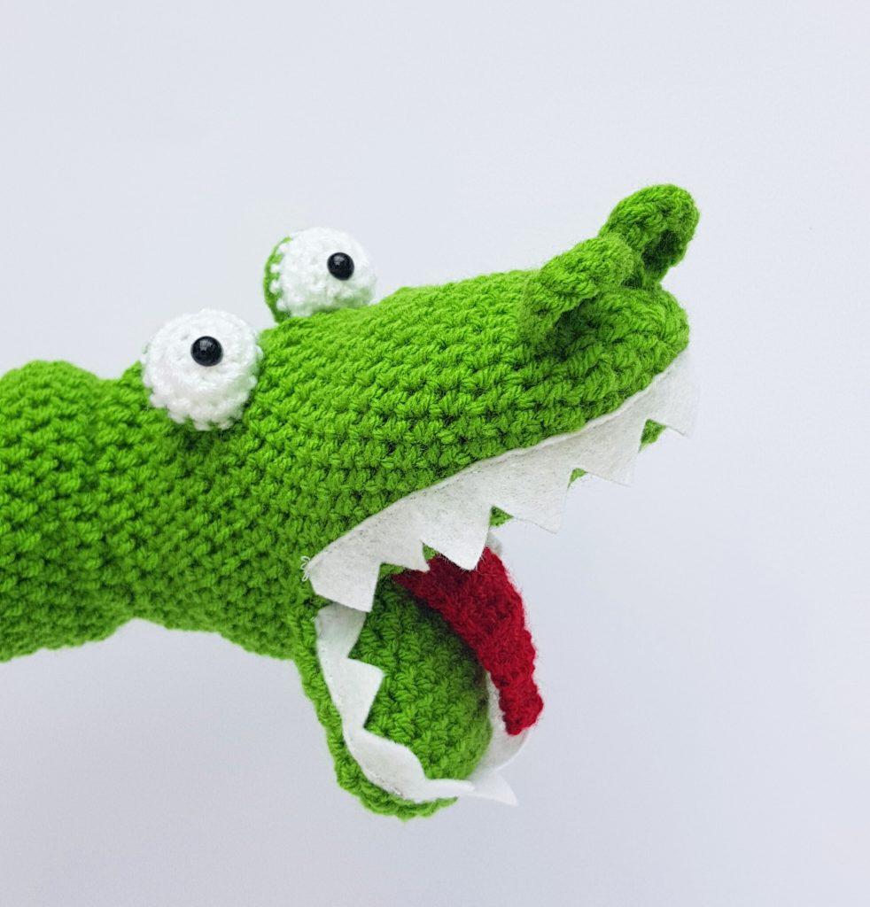 Crochet Crocodile Handpuppet - www.thecrochetcraftco.co.uk