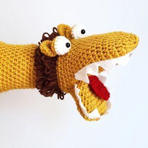 lion handpuppet - The Crochet Craft Co