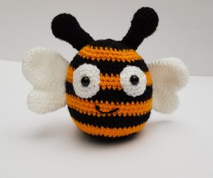amigurumi animal, bee pattern, www.thecrochetcraftco.co.uk