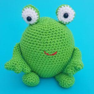 Bonnie Bee Doll Crochet Pattern By HavvaDesigns© Adorable Crochet ... | 300x300
