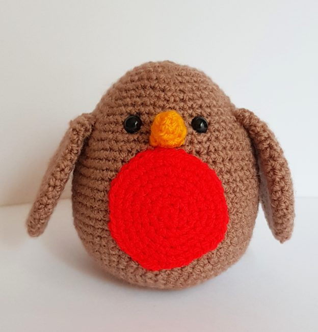 crochet creature, crochet robin, www.thecrochetcraftco.co.uk